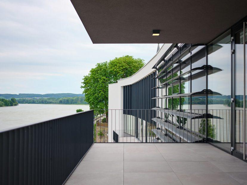 Stadthalle-Ybbs-Aussicht-Donau